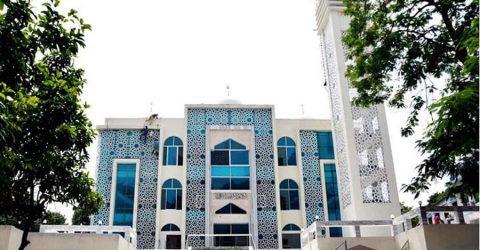 ইসলামপুরে অত্যাধুনিক মডেল মসজিদ উদ্বোধন